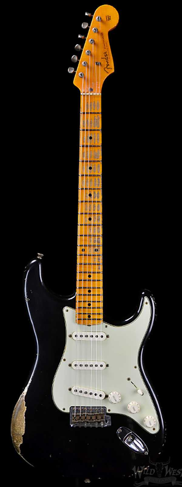 Fender 1956 Stratocaster Heavy Relic AA Flame Maple Neck Black