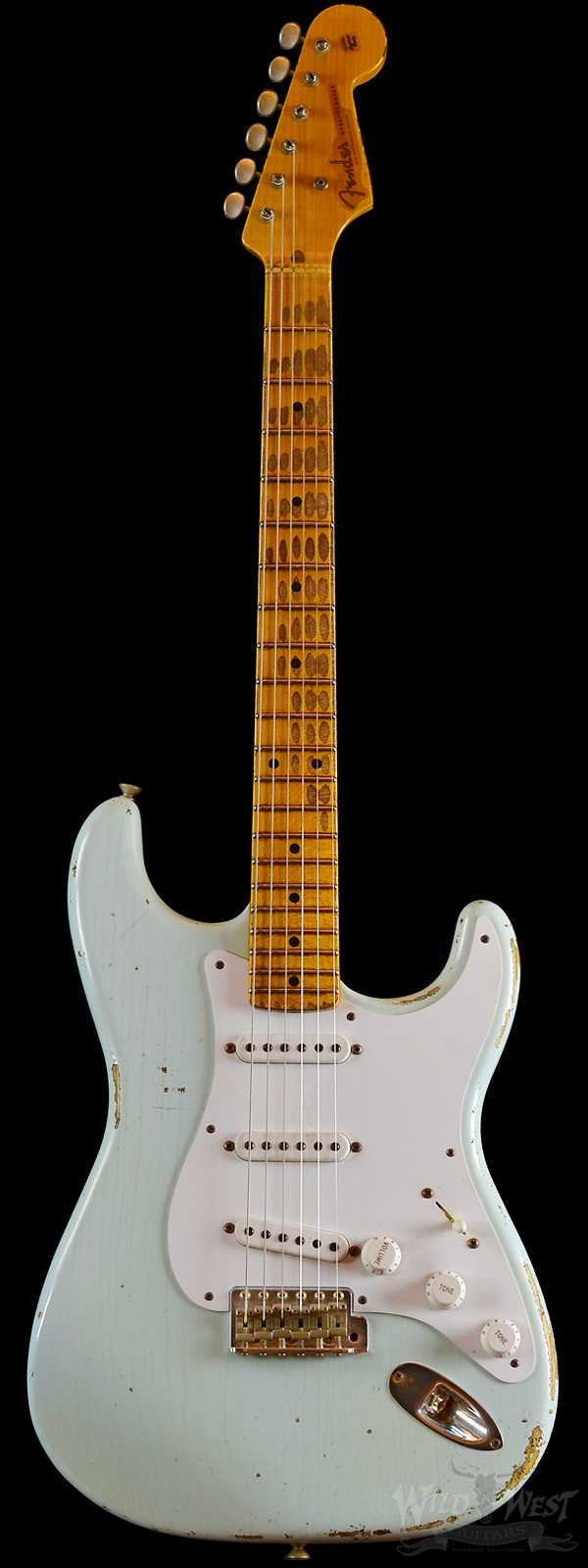 Fender 1954 Limited Edition Heavy Relic One-Piece Ash Body Stratocaster Sonic Blue