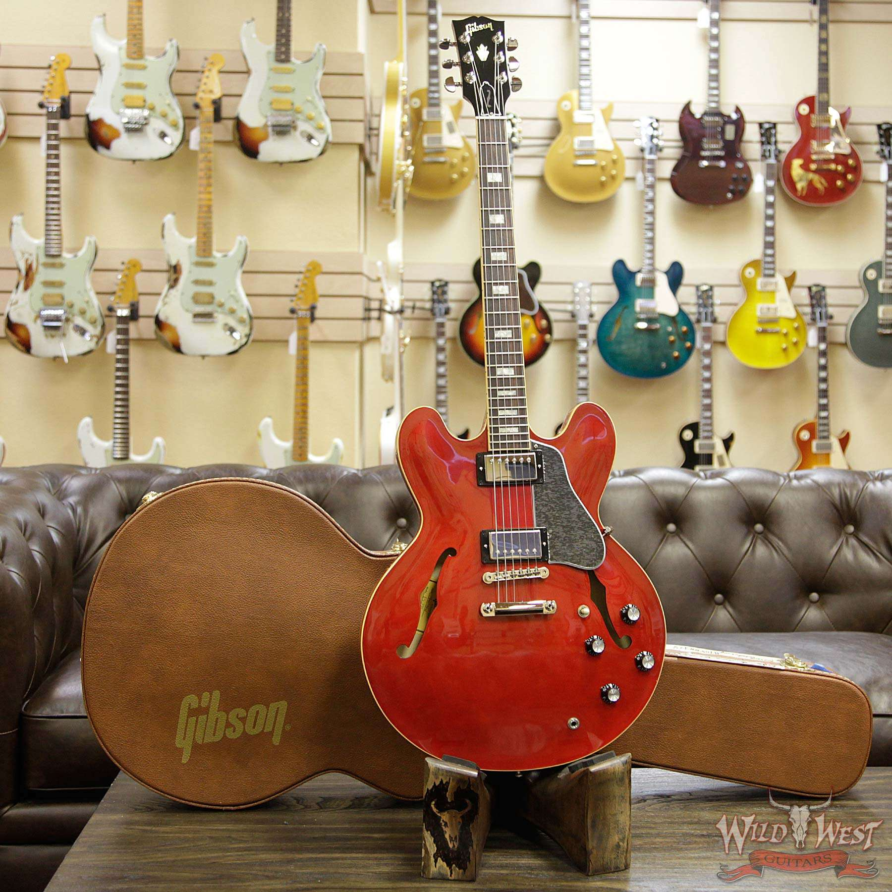 Gibson Memphis Es 335 Traditional 2018 Antique Faded Cherry Wild Two Tone Controls Typical For Les Paul Sg And Many Other Gibsons West Authentic