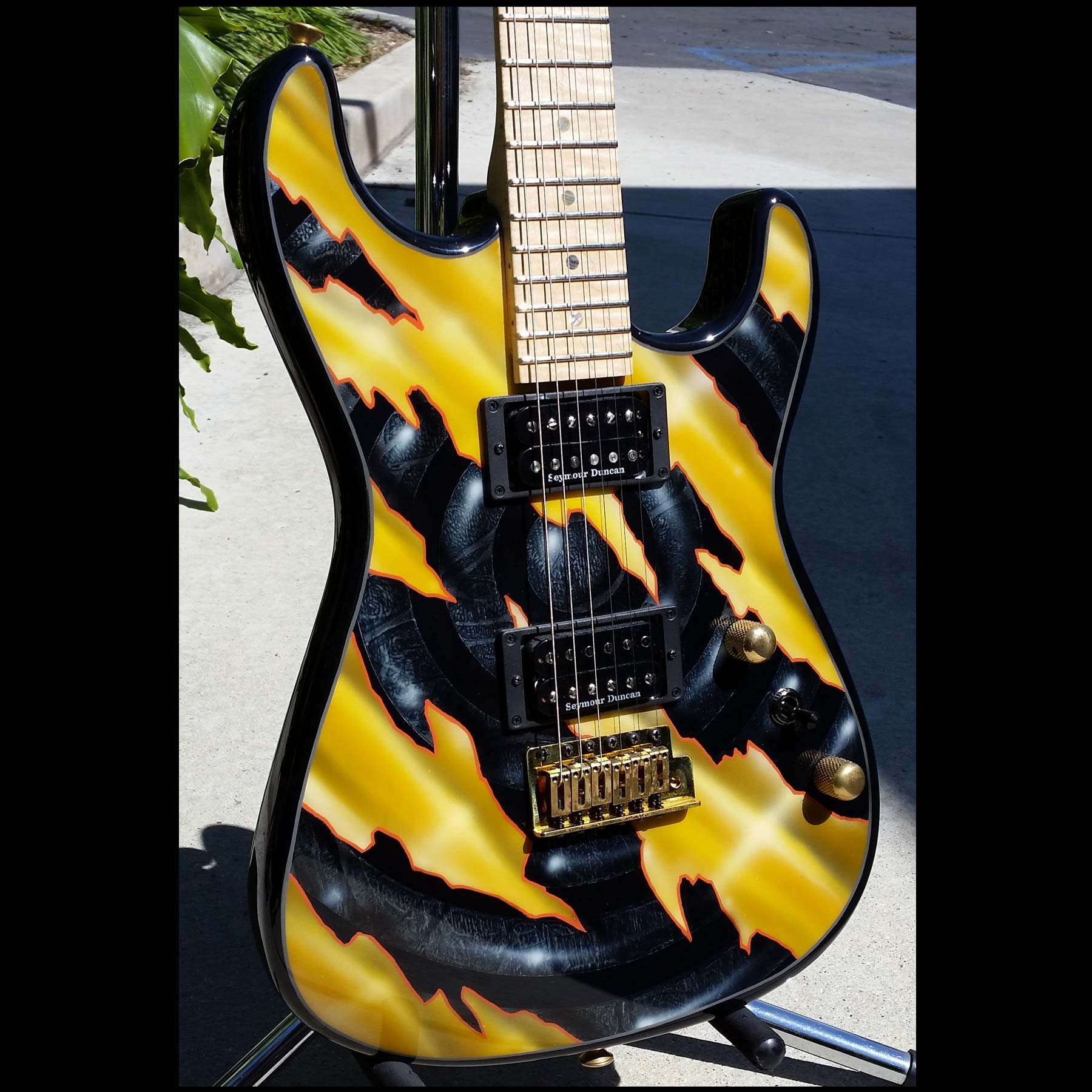 charvel custom shop san dimas with ernie pedregon custom paint wild west guitars. Black Bedroom Furniture Sets. Home Design Ideas